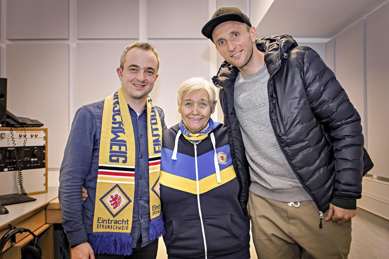 Markus Hörster, Christel Neumann und Jasmin Fejzic von Eintracht Braunschweig